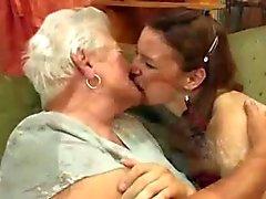 de mamie les lesbiennes