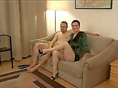 Casal casal amador alemão quente com morena nice tits