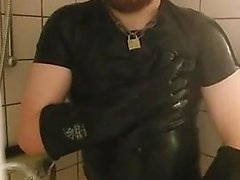 Danish Guy - Rubbercub wanking in shower