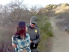Mexikan tonårsbrud Ridning patrullera