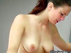 Borracho bonito com peitos fantásticos obtém part6
