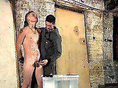 Gratuito de atractiva negro alegre enorme traspasado a Dick el porno Dominant y el Sadi