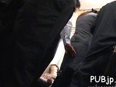 Sexy bella bomba sfruttata in pubblico