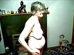 бабушка две