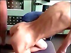 Суперкубок тощих лесбиянок , показывающие самостоятельно