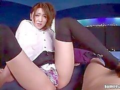 Japanese Girls seduzir da vaqueira atraente em room.avi cama de