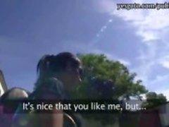 Ruskettunut amatööri tyttö maksanut julkisen seksiä nympho muukalainen