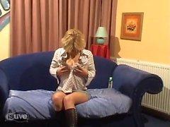 Geile блондинку Бо maakt EEN другу Пленка пакета Haar ( нидерландский ) .