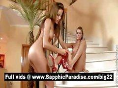 Angelic Redhead que y el rubios tortilleras lamiendo coño y mantiene relaciones sexuales de lesbo