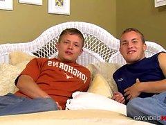 Mojarse con esta pareja gay caliente