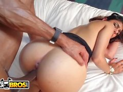 Bangbros - Mia Khalifa está pronta para Big Black Dick do Asante pedra!
