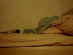 Abbronzatura Tirante asiatico sborrando con una massager del