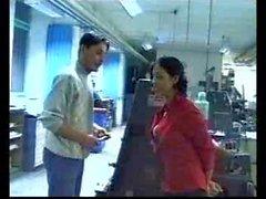 Indian - Хозяин Lady ударов а трахает сотрудник