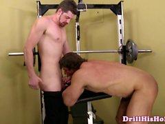 Zeb Atlas ed di Andrew Stark succhiano cock