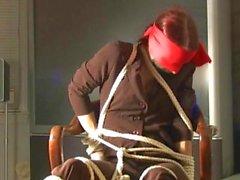 Redhead bonito cadeira Fuga Desafio