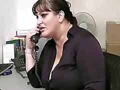 tombul sekreteri ofisinde sikikleri