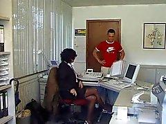 Milf fodi no escritório de