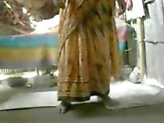 Amateur Indian Couple fuck on the floor