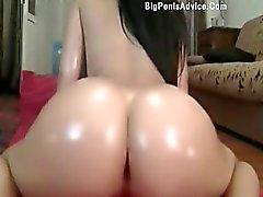 Plus chaude la femme du bout webcam gratuit sexuels jouer pu