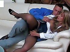 sekretarshi-v-nizhnem-porno-video