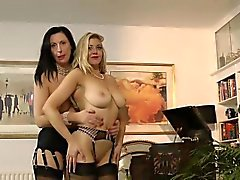 Lesbo anale Mature scopare