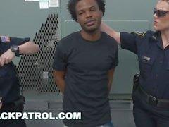SİYAH PATROL - Thug Polislerden Kaçırır, Yakalanır: Dickim Yukarı, Ateş Etmeyin