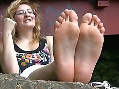 Shy French Girl kaunis Feet