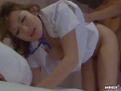 Visita L'infermiera durante il turno di notte 1