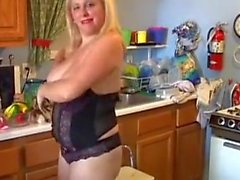 Bubbly blonde BBW loves to fuck her soaking wet pussy