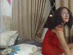 transexuelles Blonde et brune joue avec des jouets sur webcam