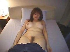 Chica asiática tetona tener sexo