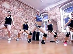 Atractiva rusa Twerking Equipo de Baile Forma - Monster Winer