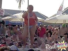 Nemli Seks Pool Party Pt.1