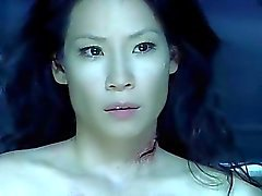 Artış Blood Hunter Lucy Liu'nun