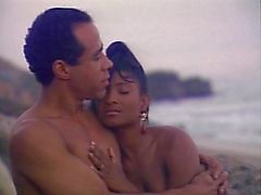 Hete strand neuken was haar grootste fantasie