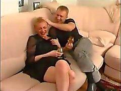 amadurecido auntie quentes da Rússia com menino
