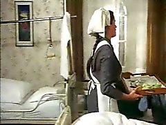 Orientação sexual num Convento de 1972 ( de filme Complete - do vintage)