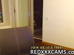 Adolescente caliente a tocarla vagina jugosa además de juegos anales en webcam Las directo de Leake