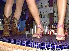 Primavera break upskirt clube meninas tetinas piscando