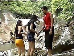 Threesome thaïlandais