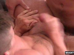 Big Dick Homosexuell Dreier mit abspritzen