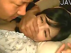 Esposa golpearse mientras que mi esposo duerme