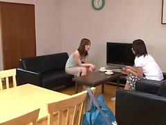 Sexy le prostitute di Giapponese diventa molto disubbidiente nel soggiorno