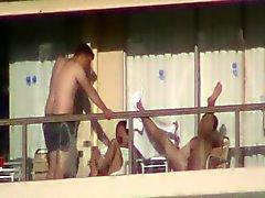 En annan balkong Fan Del 3 av 6