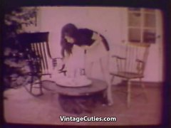 Puolisonsa sekä Maid Lesbosin testata uutta Pinta- ( 1960 vintage )