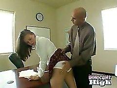 étudiante Coque légale devient abusé la tricherie après la attrapé sur un