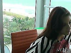 Гидромассажная осел Latina девушка подростковый возбудиться отстой ебать и уход за лицом