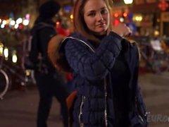 A Night Living sur le Quartier Rouge à Amsterdam avec Mira