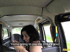 Sahte Taksi ispanyolca bayan taksi sevişme için döner