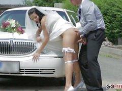 Le chauffeur de limousine baise femme chaude